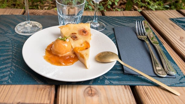 La Cour In Angers Restaurant Reviews Menu And Prices Thefork