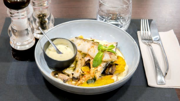 Verre Y Table In Joinville Le Pont Restaurant Reviews Menu And