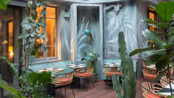 Klay Saint Sauveur In Paris Restaurant Reviews Menu And Prices