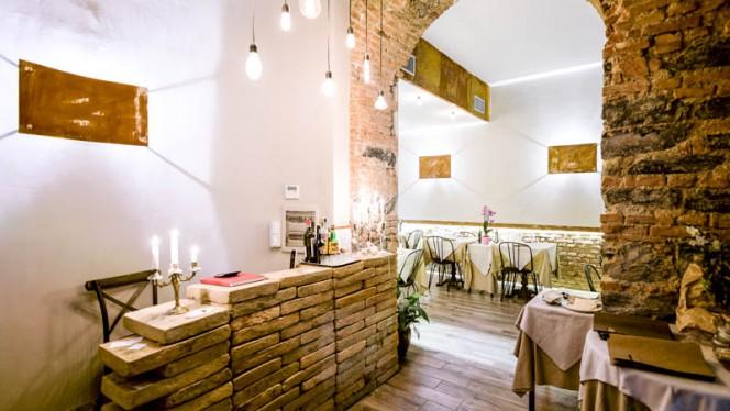 La sala - Shannara in Darsena, Milan