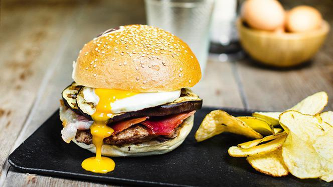 Panino - Fatto Bene Burger Buonarroti, Milan