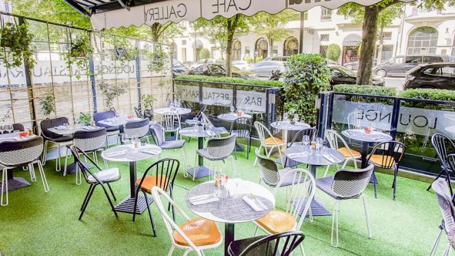La terrasse - Renoma Café Gallery, Paris