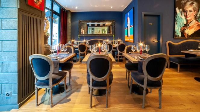 Salle du restaurant - Dario's, Genève