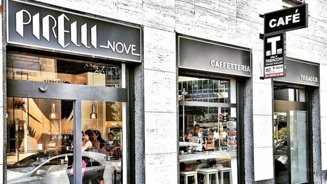Esterno - Pirelli Nove, Milan