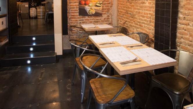 Salon Externo Embalados - Embalados, Madrid