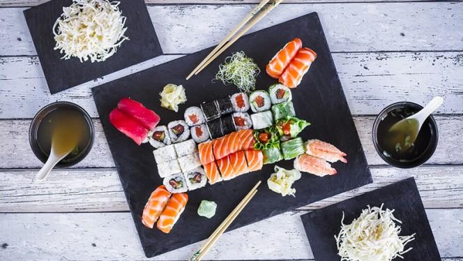 Mali party - Home Sushi, Lyon