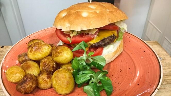 Club Sandwich - Tonico Café, Rome
