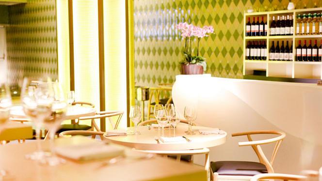 Mandarin - Oriental Kitchen - Casino Gran Madrid Colón 2 - Mandarin - Oriental Kitchen - Casino Gran Madrid Colón, Madrid