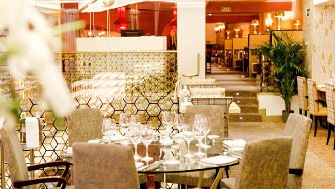 Mandarin - Oriental Kitchen - Casino Gran Madrid Colón 3 - Mandarin - Oriental Kitchen - Casino Gran Madrid Colón, Madrid