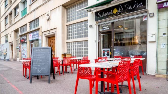 Entrée - Le Par Azar, Marsiglia