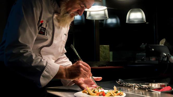 Le chef en action - La Table des Roys, Genève