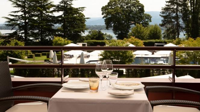 Terrasse - Le Loti - La Réserve Genève, Bellevue