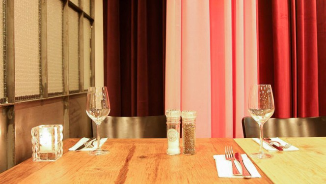 restaurantzaal - Saray, Amsterdam