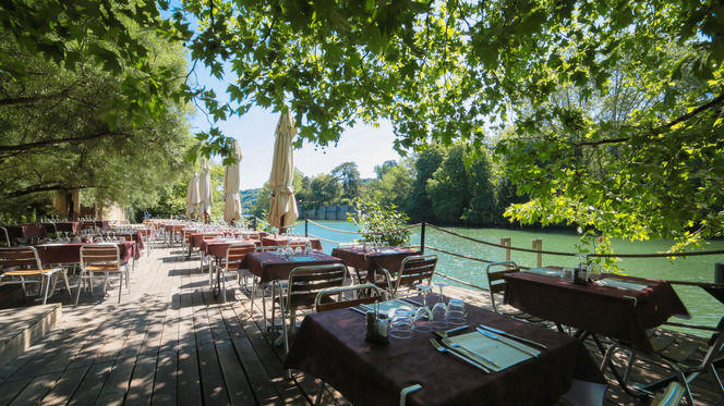 Sur le ponton - Le Buldo, Lyon