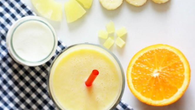 Smoothie Gold, Ananas, orange, banane, yaourt - Crêpuscule, Paris