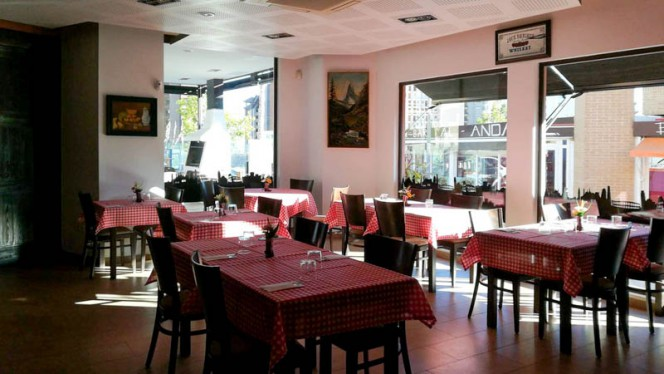 Vista sala - MamaRo' Pizzeria - trattoria, Benidorm