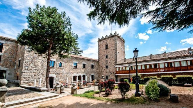Fachada - Restaurante Parador de Ávila, Ávila