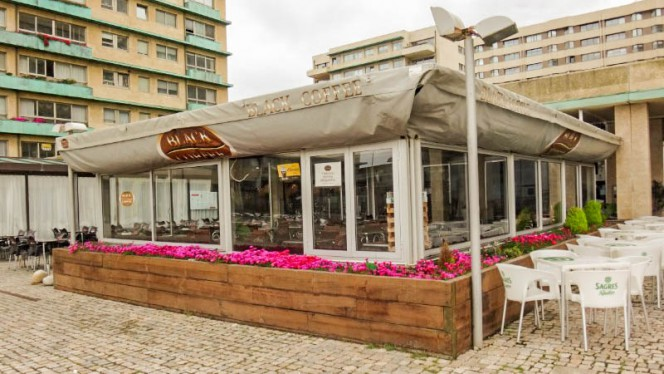 Entrada - Restaurante Black Coffee - Praia Matosinhos, Porto