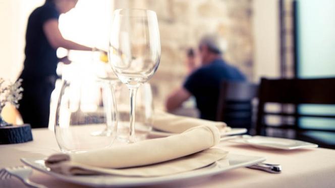 Detalle mesa - Antique Restaurante y Tapas, Ubeda