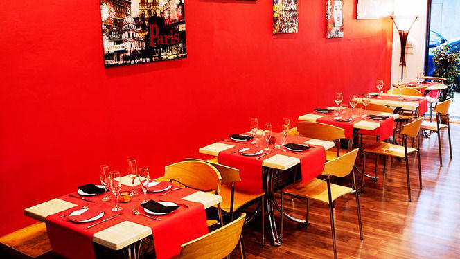 Restaurante italiano de decoración moderna y minimalista - Da Saro, Valencia