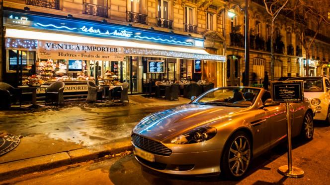 Devanture - Bar à Huîtres Ternes, Paris