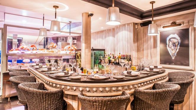 Salle du restaurant - Bar à Huîtres Ternes, Paris