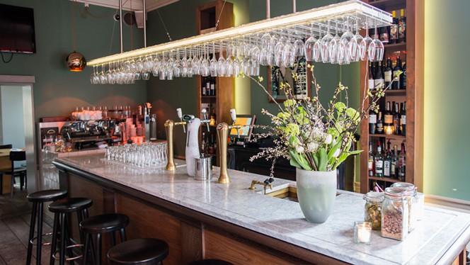 Wijnbar - Brass, Utrecht