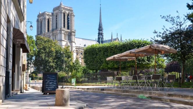 Terrasse - The Tea Caddy, Paris
