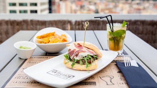 Hamburguesa - La terraza BCN Urban Club - Hotel Expo Barcelona, Barcelona