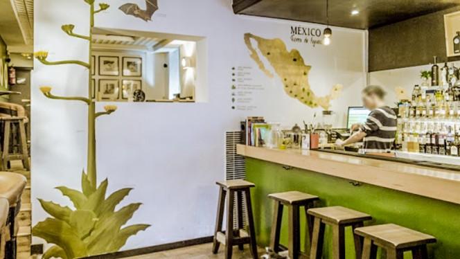 Interior - Corazón Agavero Mezcaloteca, Madrid