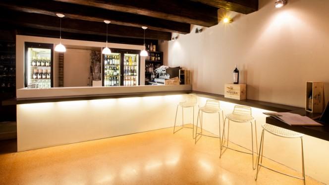 Bar - Ristorante Museum, Alba
