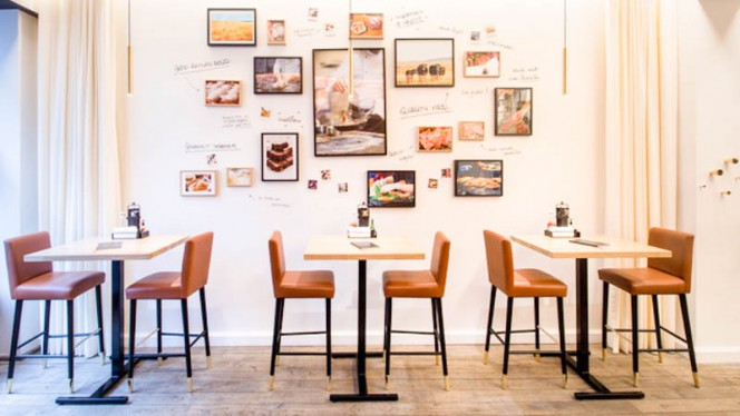 Salle - Be Burger PLace du Luxembourg,