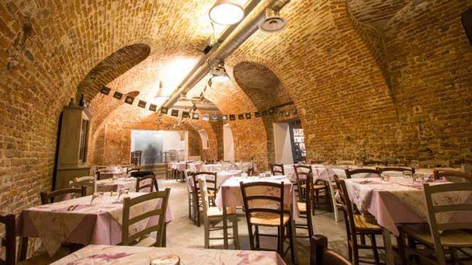 Sala Metro' Piano terra - 450 Food & Drink, Moncalieri
