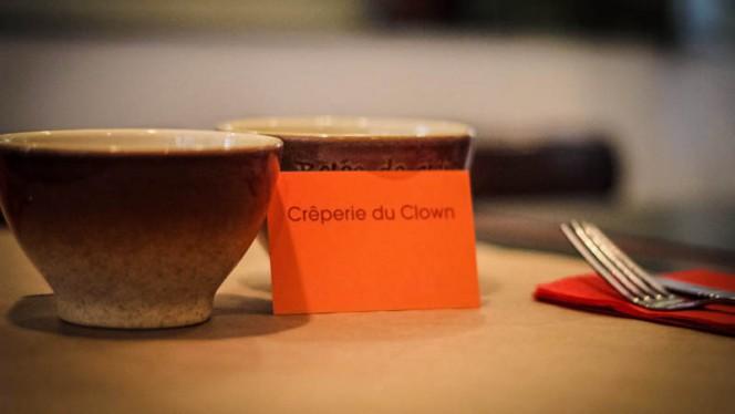 Détail de la table - La Crêperie du Clown, Paris