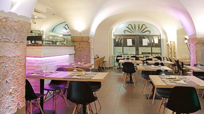 Sala - Pizzaria Divinos Prazeres, Lisboa