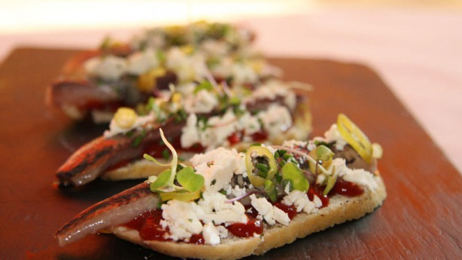 Tosta de sardina ahumada - 48 Restaurante Copas, Valencia