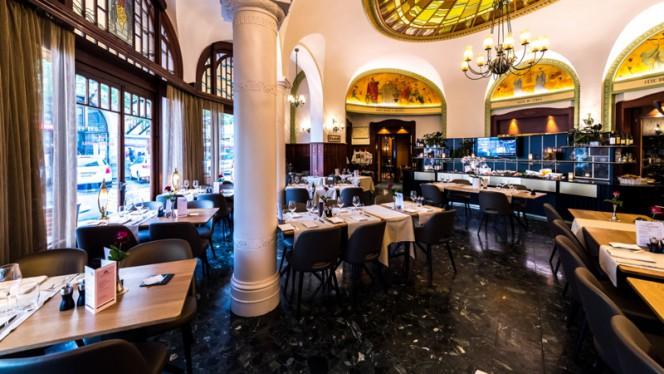 Astra Hotel Vevey - Brasserie Historique - Brasserie Historique La Coupole 1912, Vevey