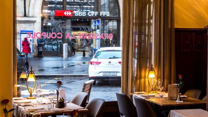 Astra Hotel Vevey Suisse - Brasserie - Brasserie Historique La Coupole 1912, Vevey
