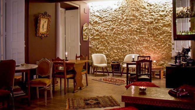 Sala do restaurante - Loucos de Lisboa no Príncipe Real, Lisboa