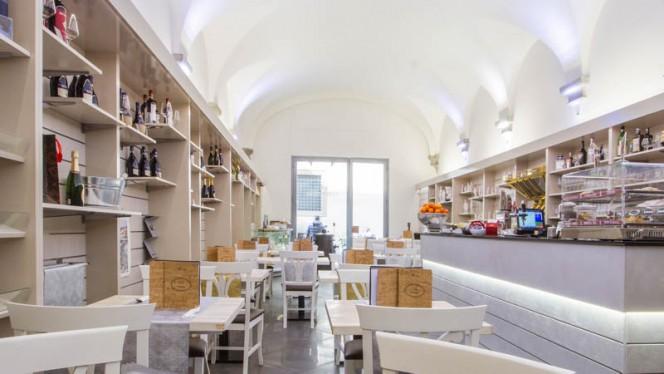 Sala del ristorante - 56 Rosso, Firenze
