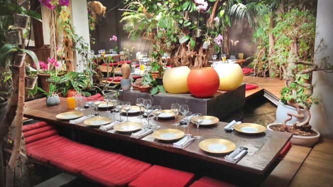 mesa ideal para grupos - Indochine Ly Leap, Barcelona