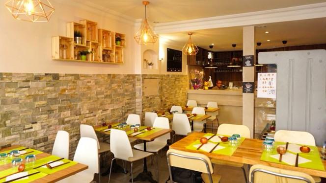 Salle du restaurant - Malatang, Paris
