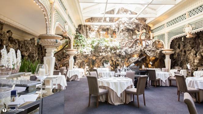 Salle du restaurant - Le Chapon Fin, Bordeaux