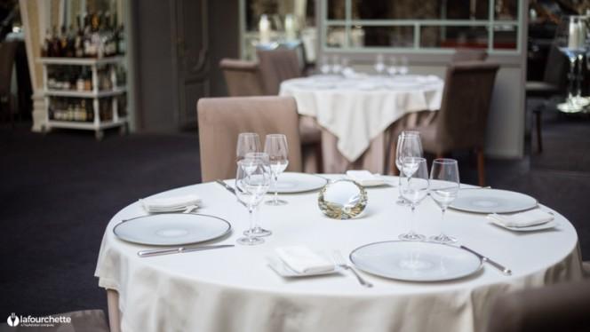 Table dressée - Le Chapon Fin, Bordeaux