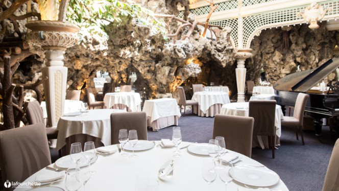 Vue de la salle - Le Chapon Fin, Bordeaux