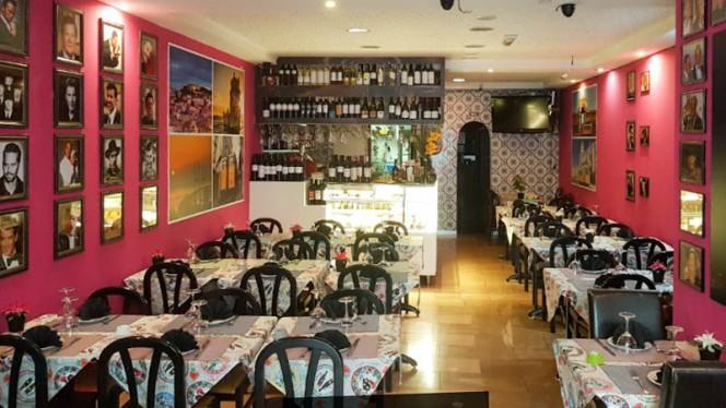 Sala do restaurante - Tapas Wine Bar 139, Lisboa