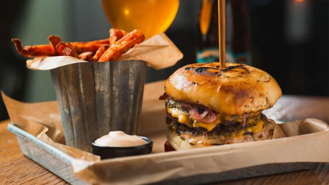Kockens förslag - Poke Burger Flemminggatan, Stockholm