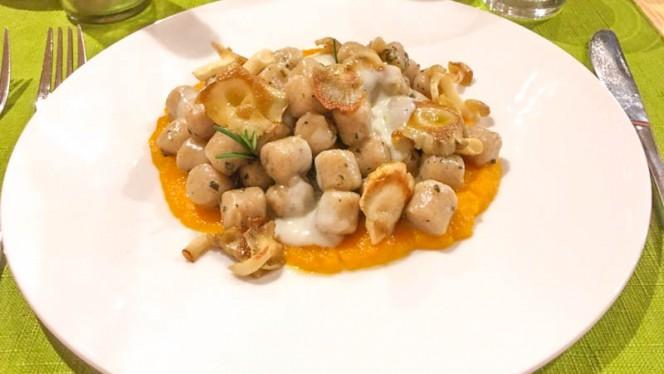 Gnocchi alla zucca con funghi e gorgonzola - Silene, Vicenza