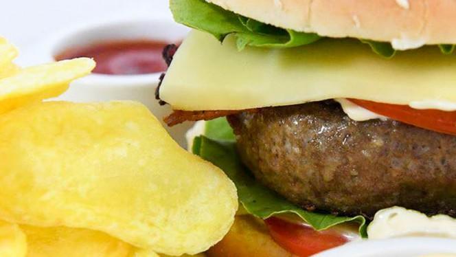 Super Bacon Cheese Burger - Kick Off, San Donato Milanese