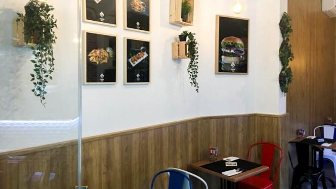 Vista de sala - Pantín Grill, Madrid